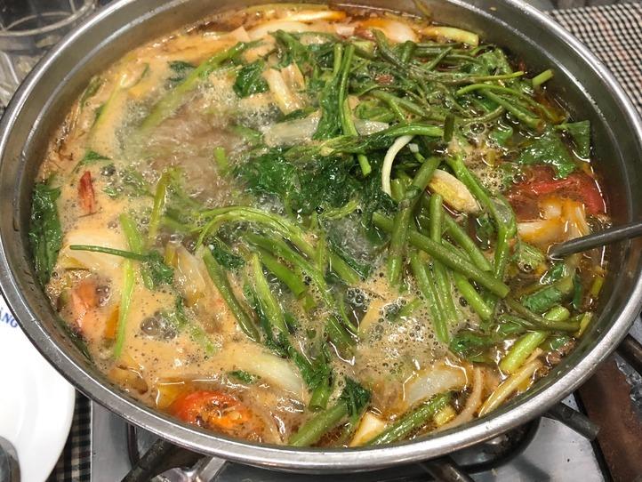 タイ風鍋がおすすめ!ローカルベトナム料理レストラン~Quan An Don Dat