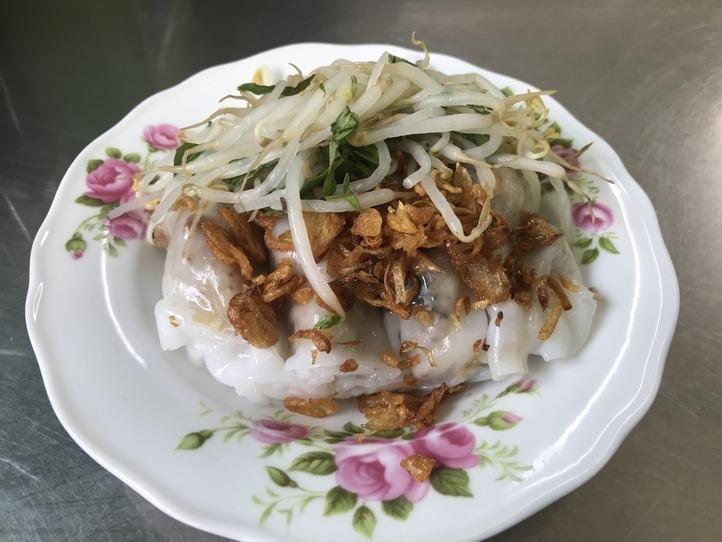 ホーチミンで食べるヘルシーなローカルフード「Banh cuon(バインクォン)」〜TAY HO〜
