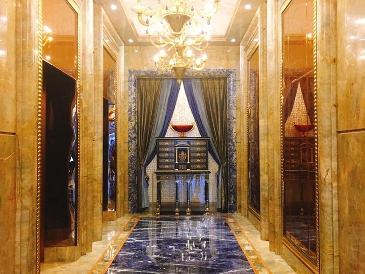 超高級ホテル「ザ・レヴェリー・サイゴン」は何もかもゴージャスすぎた