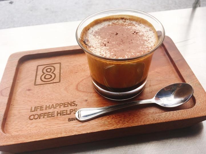 エッグコーヒーが飲めるカフェ「Mr.8 Coffee(ミスターエイトコーヒー)」