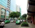 マテリアル カフェ ベトナム 右手にパークソン、左手にビンコムセンターを確認して、レタントン通りを歩いてください。