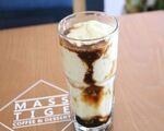 マステージ コーヒー&デザート アボガド・コーヒー