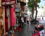 シンコーヒー(グエンティエップ通り店) 雑貨店がひしめくドンコイ通り
