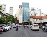 ハウス・オブ・サイゴン ベンタイン市場の横を歩いて少し北上してください