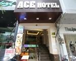 サクラスパ&ネイル ほどなくして左側に見えてくる「ACEホテル」に当サロンは営業しています。
