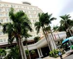 シタデルサイゴン 左手に5つ星ホテルのパークハイアットが見えます