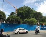 ブンダウ・ホームメイド レライ店 左手には、地下鉄工事中の建設現場が広がっています。