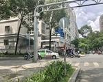 777 フットマッサージ Nam Ky Khoi Nghia 通り (ナムキーコイギア通り)を横切り、まっすぐ進みます。