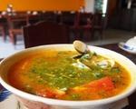 キュー・インドシン コリアンダー付き貝スープ