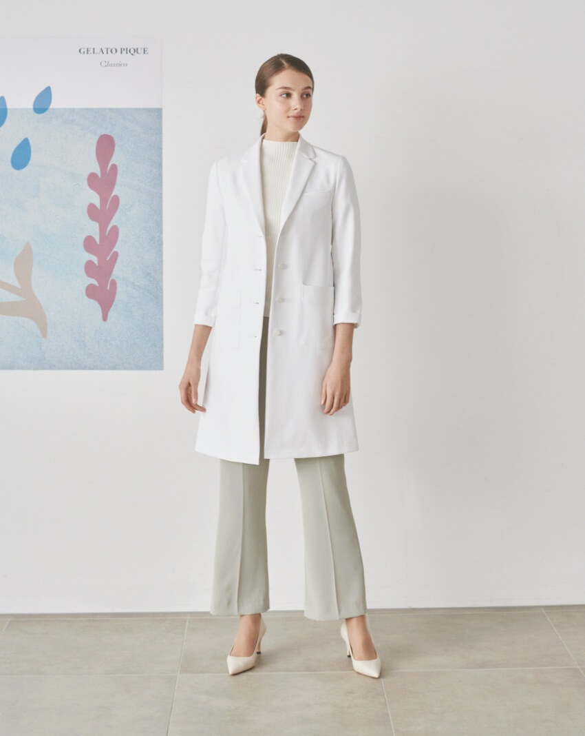 Four line tailored coat