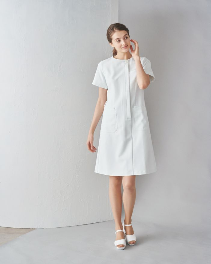 Four line sleeve one-piece