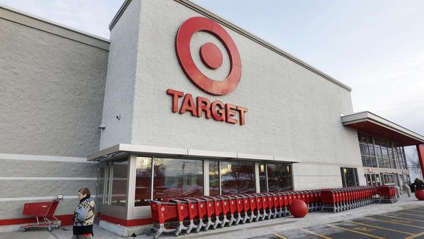 「当たり前」を破り続ける大手百貨店・Target。ハロウィンで足が不自由な子どもをモデルに起用。