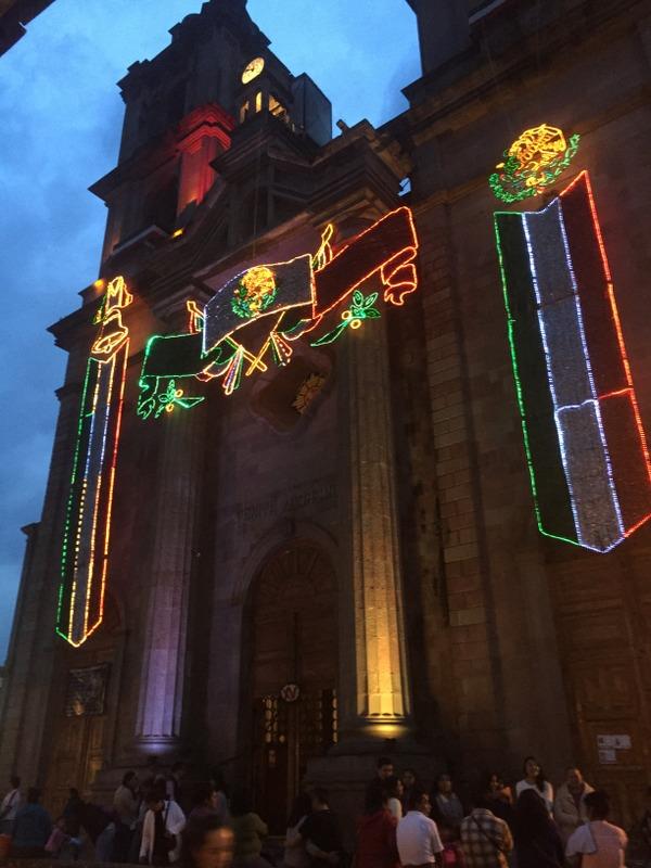 メキシコで探す平和と死生観