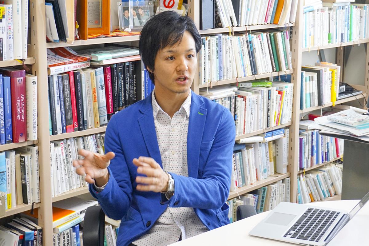複数企業から内定を貰う「優秀な学生」になるにはどうすればいいですか? 『採用学』服部泰宏先生に聞いてみた。