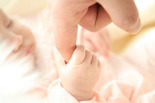 児童福祉のための制度『特別養子縁組』とは。