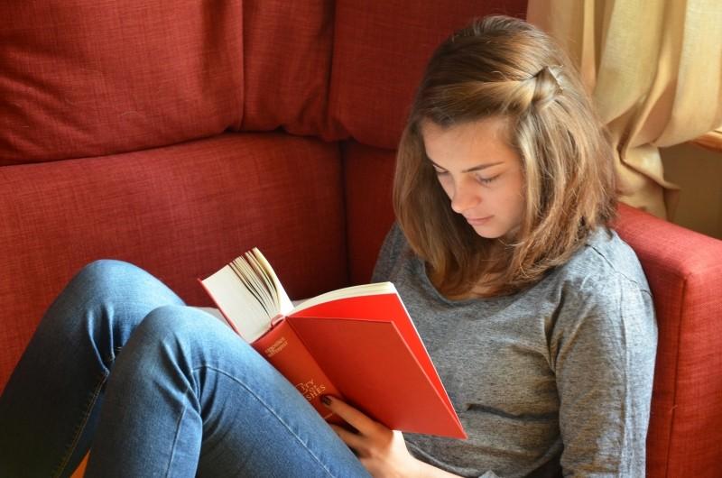 教科書を読むだけで◯◯時間!?映画と全然違うアメリカの大学生活