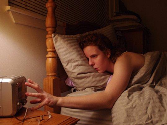 急に早起きになることはできない!朝型人間になる5つの方法。