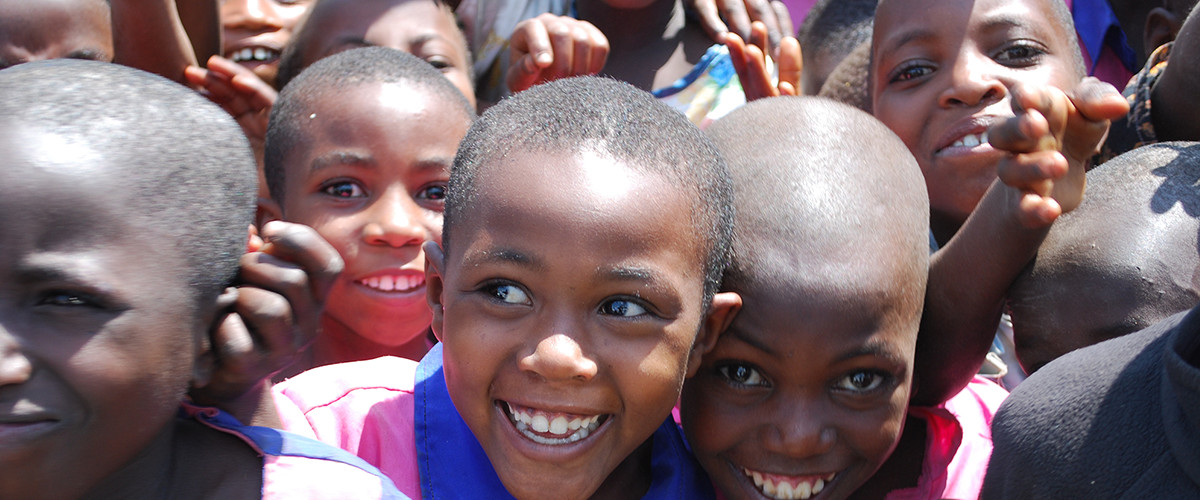 「いつもの散歩」がアフリカの子どもたちの健康につながる「Health for Tomorrowプロジェクト」始動。