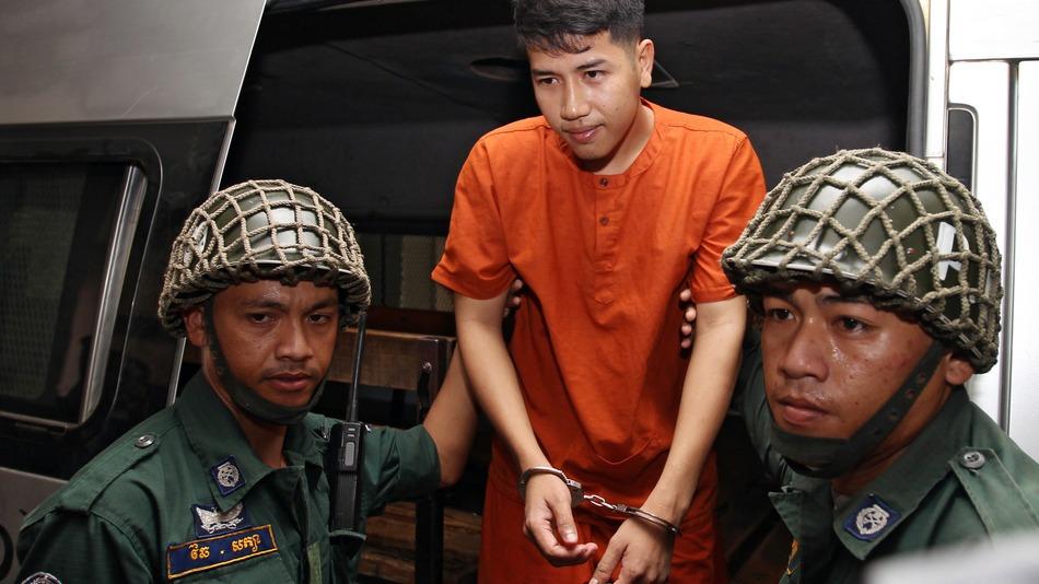「共に革命を起こそう」カンボジアの青年が政府批判をしたfacebook投稿で逮捕される