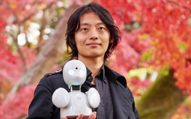 """作りたいのはロボットではなく、""""一緒にいる時間""""  ―孤独の解消に取り組むロボットクリエイター・オリィさん"""