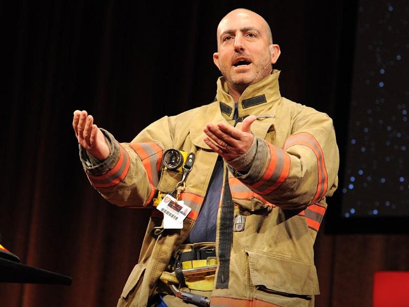 ボランティア消防士から学ぶ人生の掟