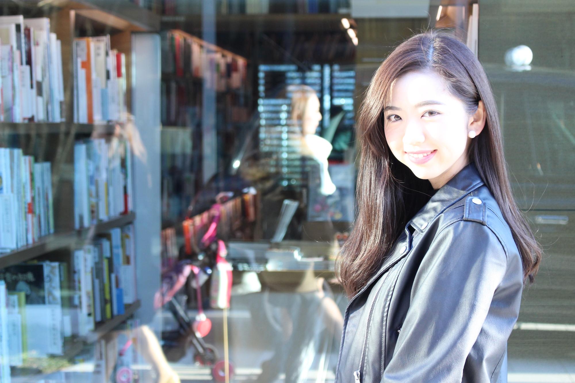 「国際的なエンターテイナーに」——元AKB48「Team 8」濵松里緒菜さんインタビュー