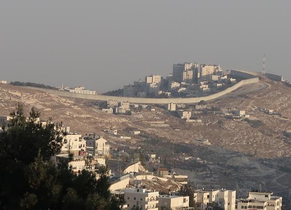 """分離壁は""""Great idea""""なのか?イスラエルとパレスチナの心の分離壁"""