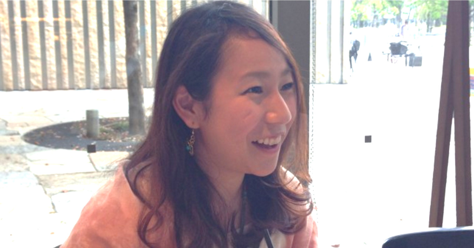 世界中に笑顔を! トランポリンを担いでアジアを旅した石原舞氏。