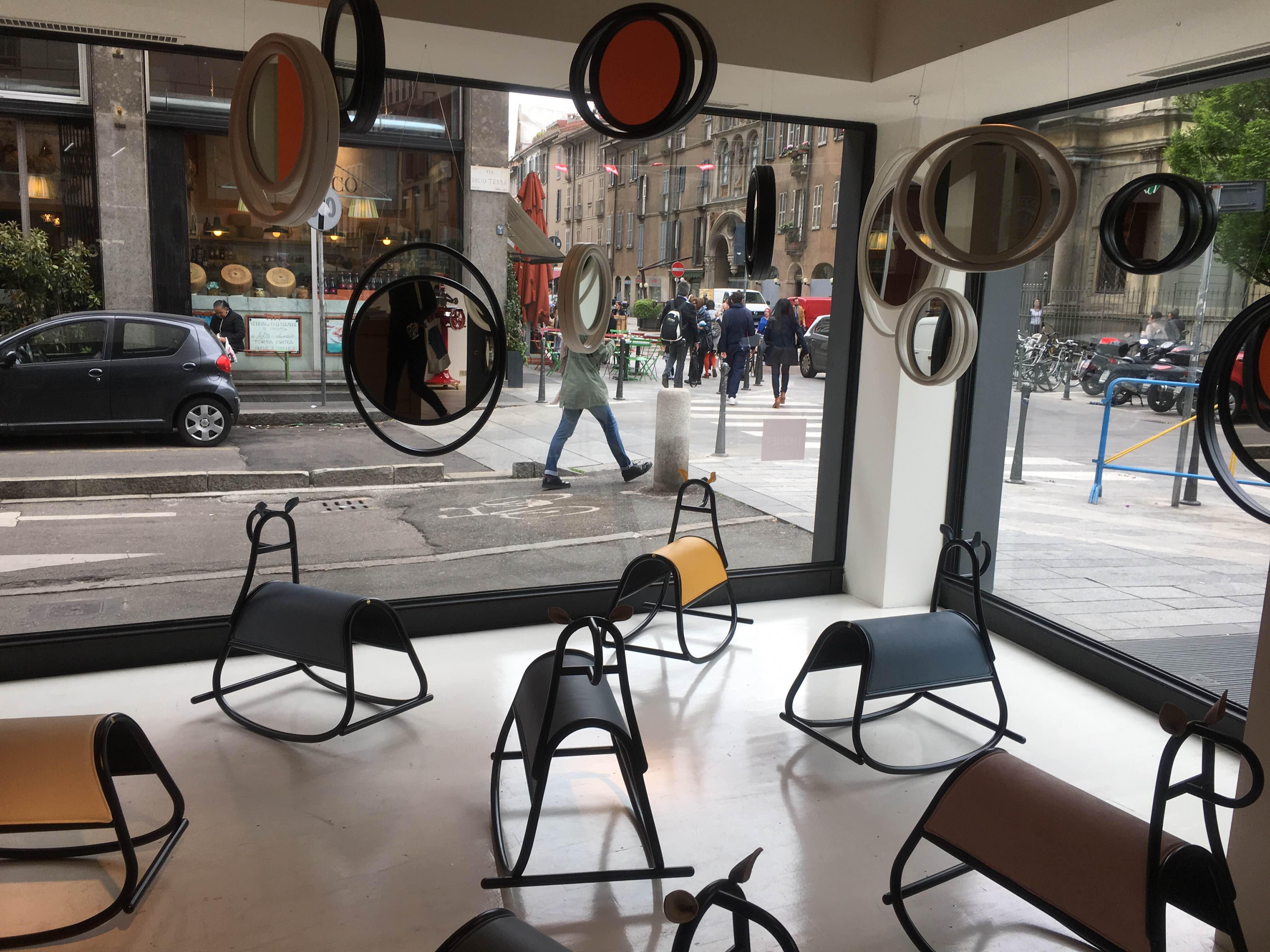 デザインの街ミラノで開催される世界最大規模の国際家具見本市「ミラノサローネ」