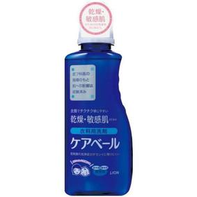 ケアベール 衣料用洗剤 本体 660mL