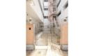 横浜駅まで徒歩圏内!横浜ドットテラス。おしゃれで綺麗な女性専用シェアハウス。