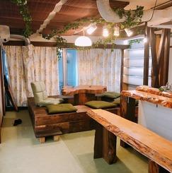 読書をテーマにした癒し系シェアハウス「本の杜 Nagoya Aoi」