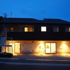 小豆島の女性応援シェアハウス【アズキノイス】美容室と珈琲店が併設♪