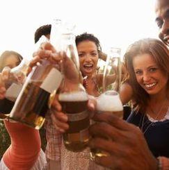 ワインやビールをシェアしよう! 美味しく楽しく、飲んで食べられるシェアハウス