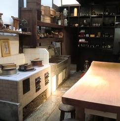 おしゃれな京町家でローリスクで自己実現するサロン、ギャラリーつきシェアハウス