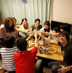 【国内留学のススメ!】世界50カ国から外国人が集まる国際交流シェアハウス!