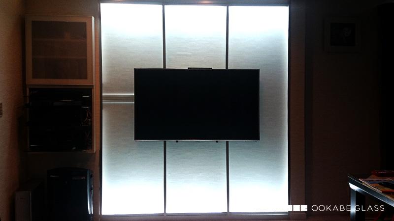 ガラスを使用した壁掛けの製作に「フロストガラス」を注文されたI様の事例のお写真