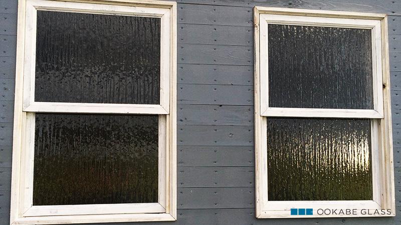 上げ下げ窓のガラスに「シルヴィ(SAG-005) 4mm」を設置したS様の事例のお写真