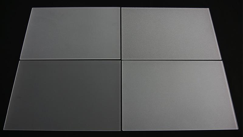写真で比較!「すりガラス」は粒度によって見え方(粗さ)が異なる?