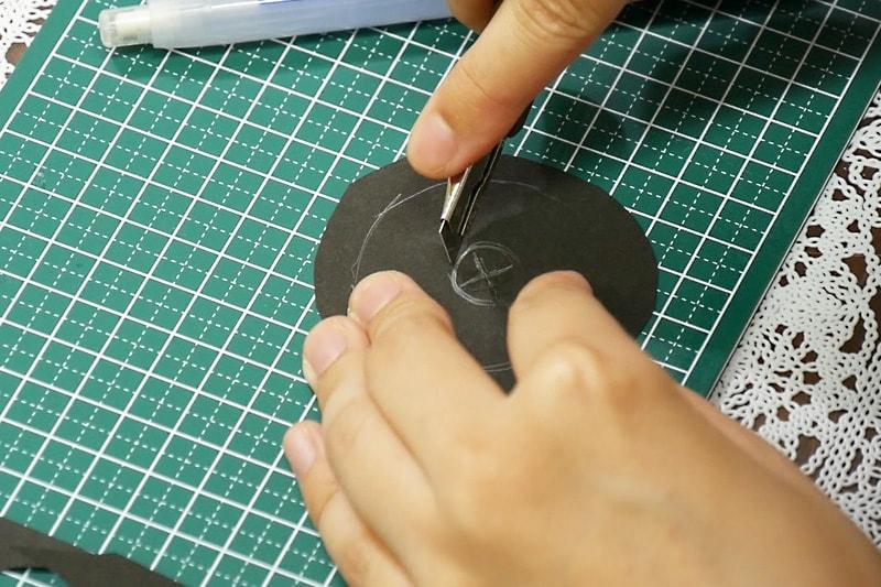 万華鏡の作り方 覗き窓をつける(5)