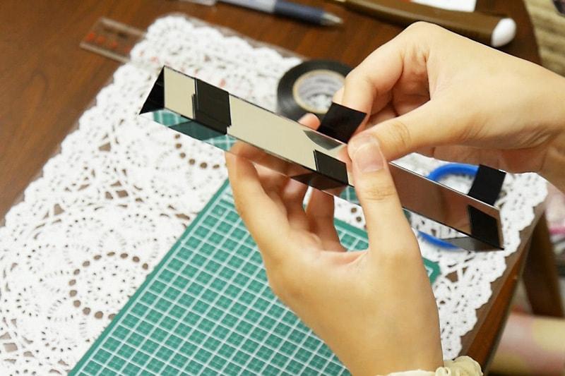万華鏡の作り方 表面反射鏡をカット・組み立てる(6)