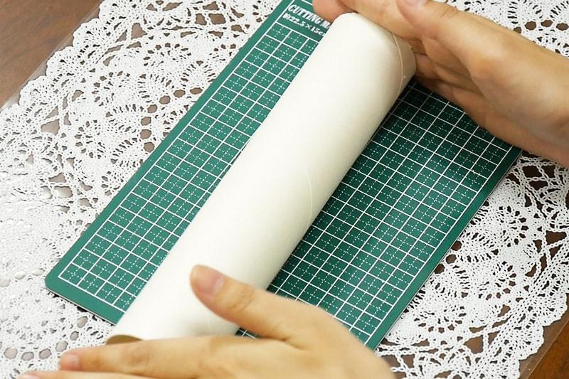 万華鏡の作り方 紙筒をカットする(4)