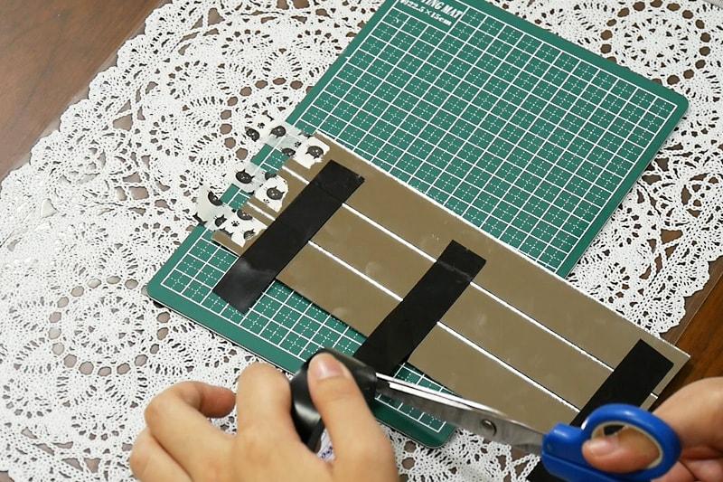 万華鏡の作り方 表面反射鏡をカット・組み立てる(4)