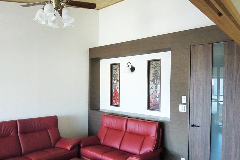 室内窓にステンドペアガラスを設置(全体)(2)