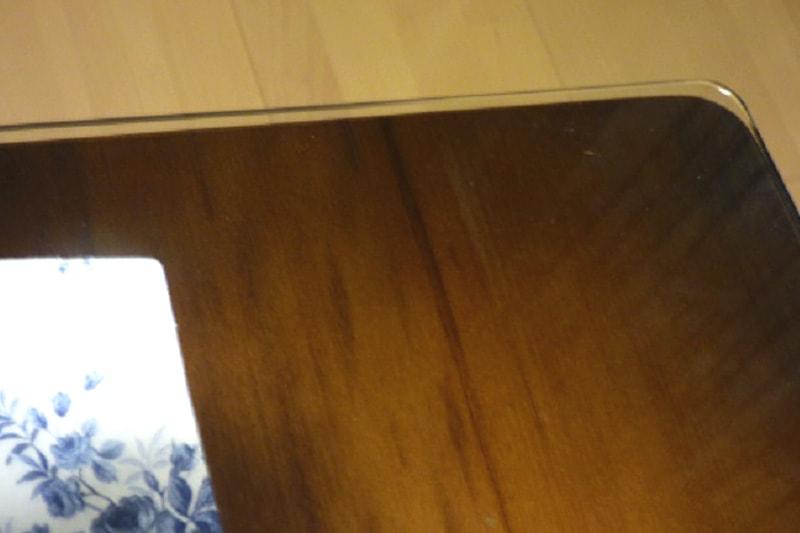 ダイニングのテーブルトップに使用した「強化ガラス」(4)