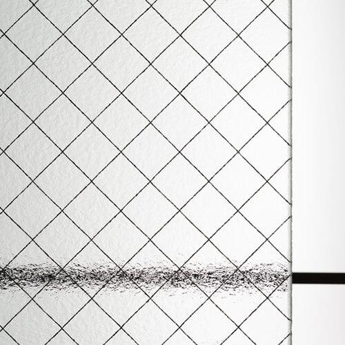 網入り型板ガラス 霞ヒシワイヤのお写真