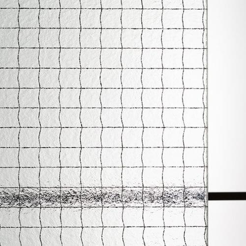 網入り型板ガラス 霞クロスワイヤのお写真