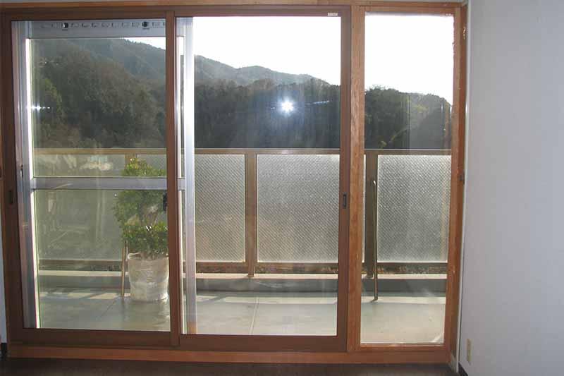 複層ガラスとペアガラスを知って賢い窓ガラス選択3.1(3:2)