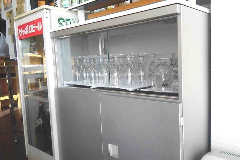 食器棚の引き戸に使用した「透明ガラス」(2)