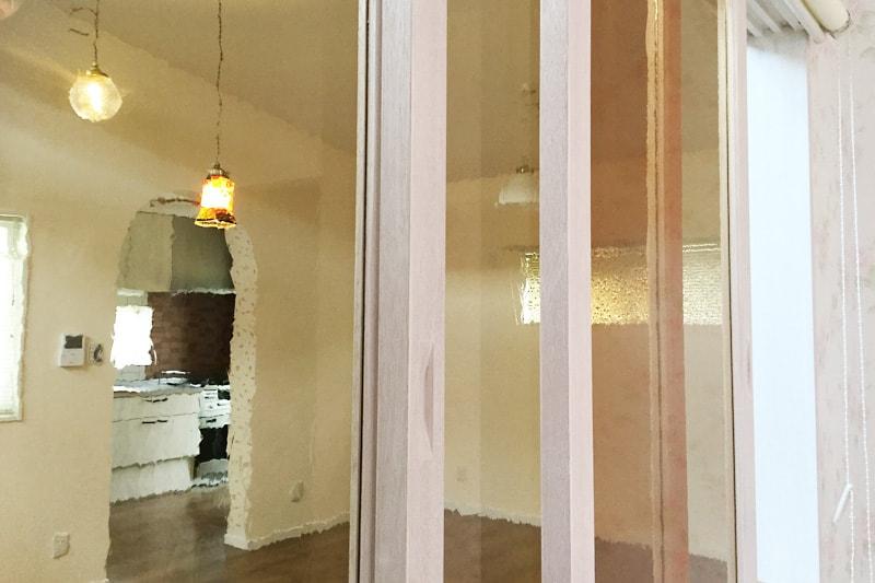 室内窓に使用した「カラードアンティーク」(1)